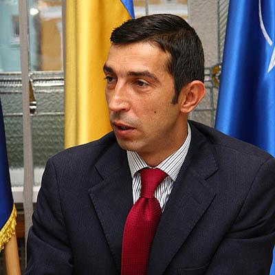 Ordonanţa care permite plecarea primarilor de la un partid la altul stârneşte controverse în teritoriu