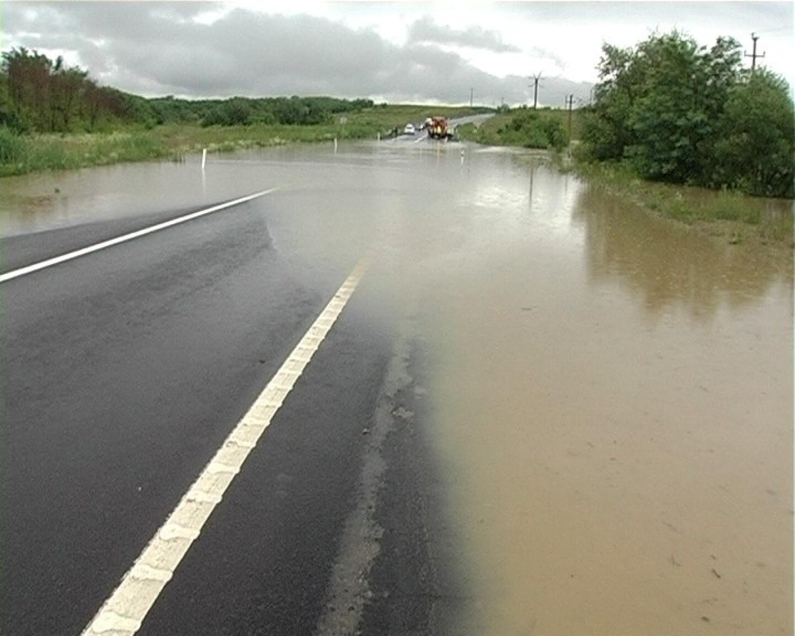 Cod Galben de inundaţii în cinci judeţe