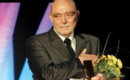 Mircea Albulescu împlineşte astăzi 80 de ani