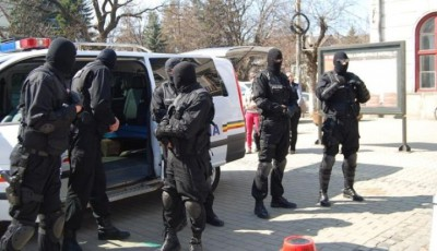 20 de persoane bănuite de evaziune fiscală au fost conduse la audieri într-un dosar cu un prejudiciu estimat de 100.000 euro