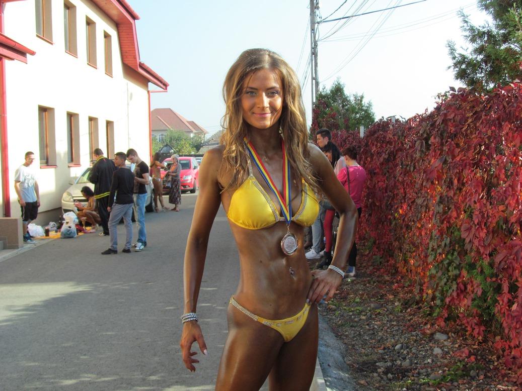 Sportivii mureșeni, performerii Cupei  României la culturism și bikini fitness