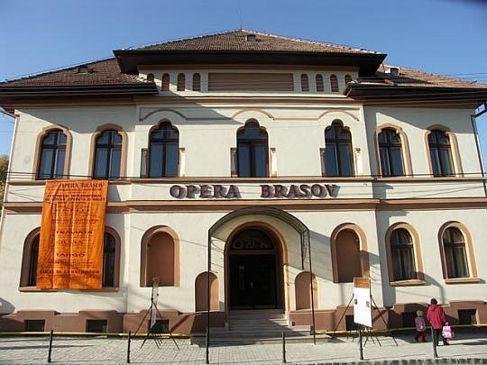 Cursuri profesionale, în premieră, la Opera Brașov
