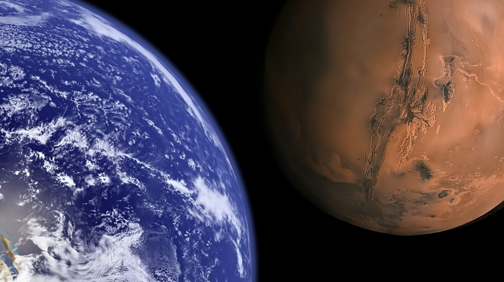Azi are loc un fenomen astronomic extrem de rar
