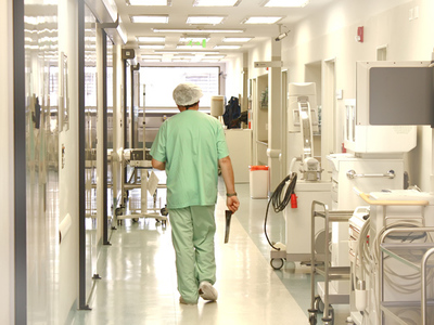 Românul rănit în accidentul din Italia, operat de urgenţă