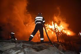 Incendiu la un atelier de tâmplărie din  Teleac