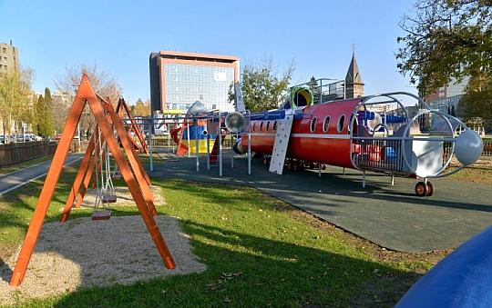 Parcul cu avioane din Brașov este gata