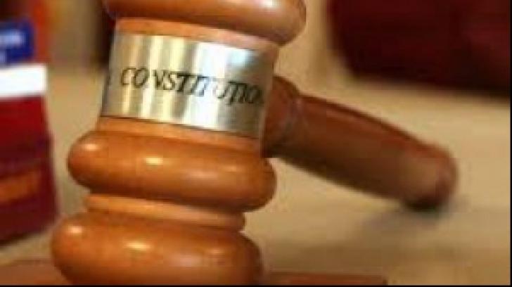 Curtea Constituţională a României dezbate, azi, alte 9 cereri de anulare a primul tur de scrutin al alegerilor prezidenţiale