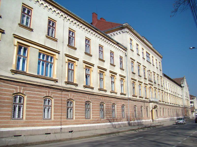 E nevoie de mai mulţi medici la Spitalul Militar de Urgenţă din Sibiu