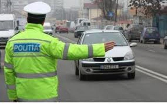 Poliţia organizează în toată ţara filtre rutiere pentru a combate turismul electoral