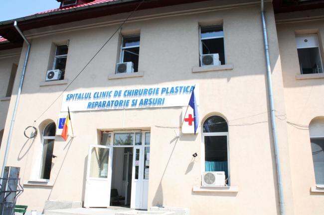 Starea de sănătate a celor doi militari care au supravieţuit accidentului aviatic din judeţul Sibiu este staţionară