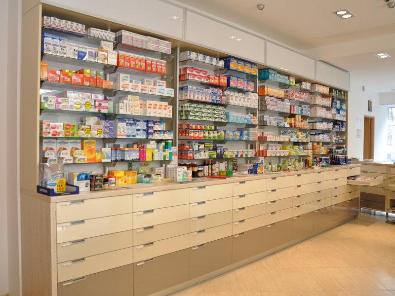Nereguli depistate de CNAS în farmacii
