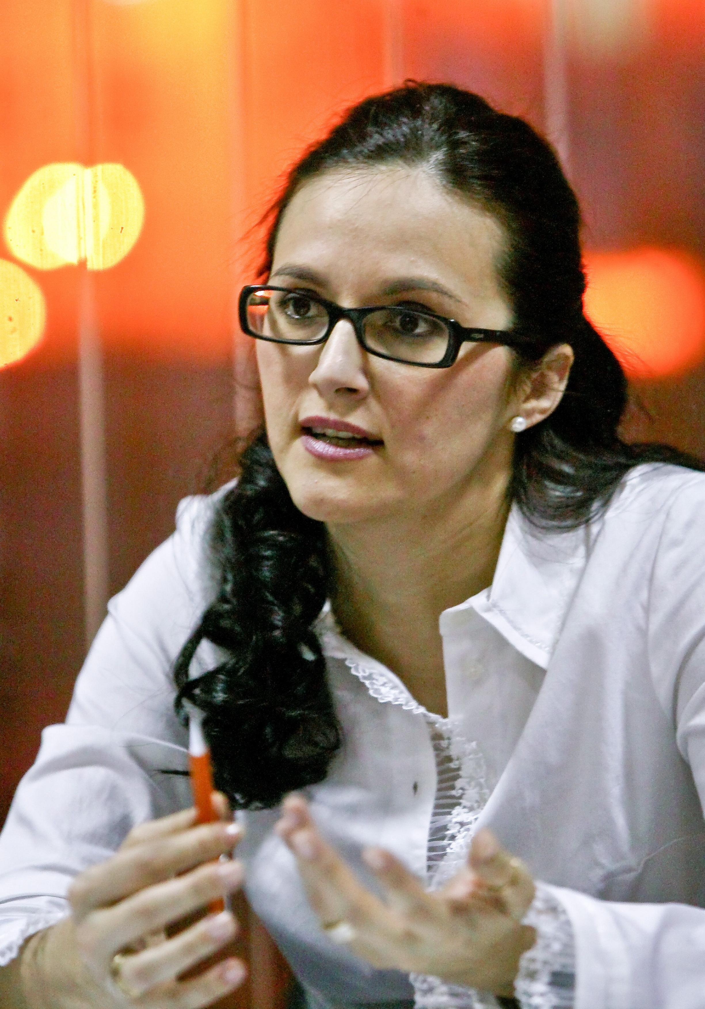Alina Bica a fost eliberată din funcţie