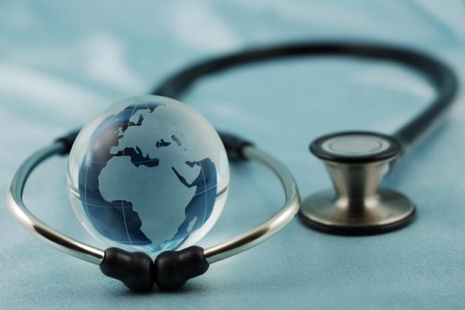 Specialiştii discută la Tg.Mureş despre depistarea precoce a cancerului de piele