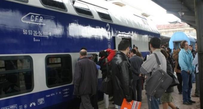 Guvernul amână despăgubirea călătorilor din trenurile care ajung cu întârziere la destinaţie