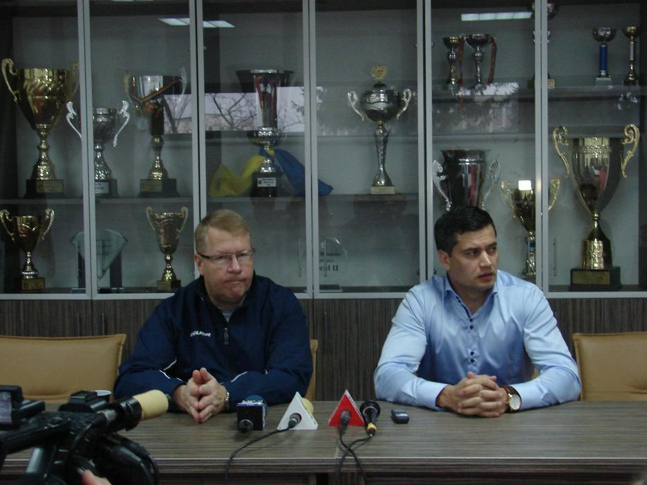 La Braşov, meciuri tari în Liga Mol