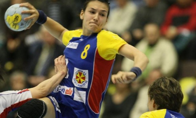 România se califică în grupele principale ale Campionatului European de handbal