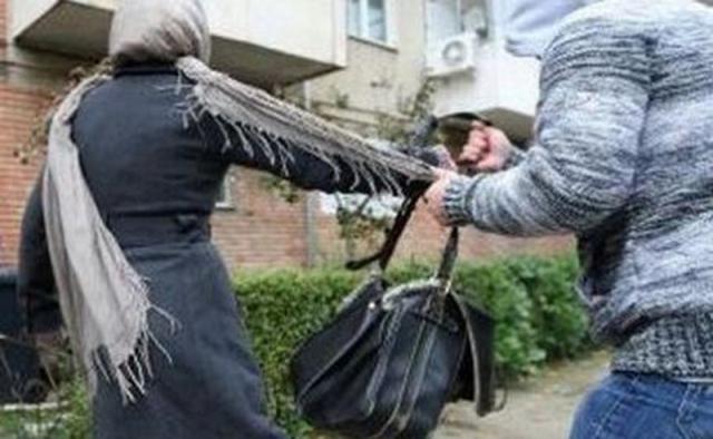 Femeie tâlhărită în Sighișoara !