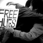 FREE_HUGS_in_Hibiyakoen_Tokyo_Prefecture thespiritscience net