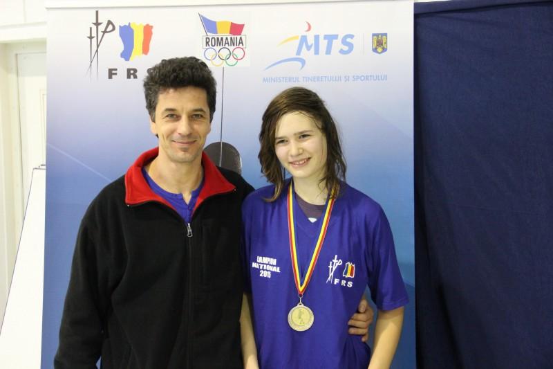 Târgumureşeanca Schlier Zsuzsa, campioană naţională la spadă