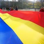 cel-mai-lung-drapel-romanesc