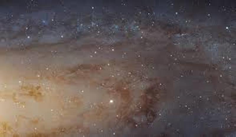 galaxia andromeda descopera ro