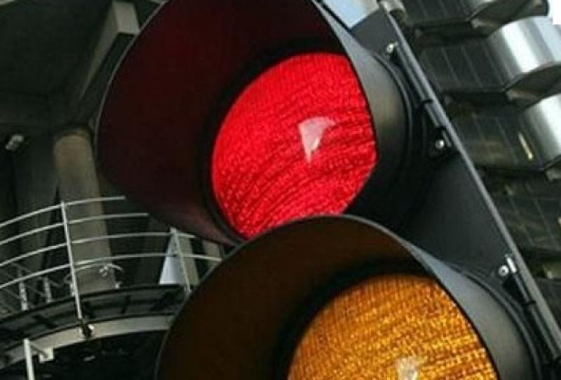 semafor-defect-verde ziuaconstanta ro