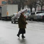 Traversare-neregulamentara-soldata-cu-doua-persoane-ranite-in-Sibiu-Ce-trebuie-sa-faci-ca-PIETON-pentru-a-fi-in-siguranta2