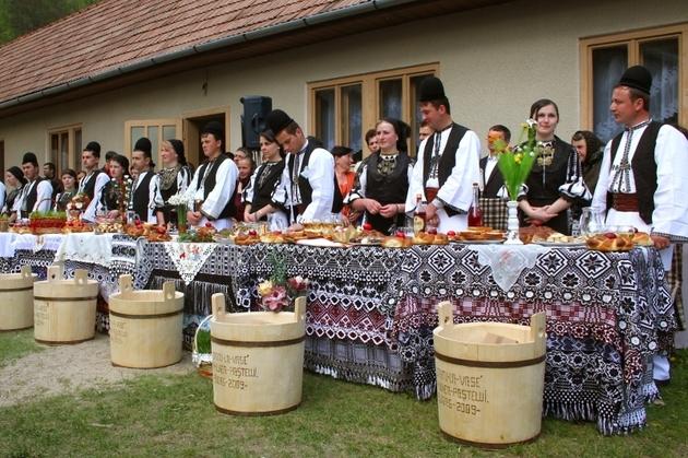 Tradiţii şi obiceiuri în a doua zi de Paşte