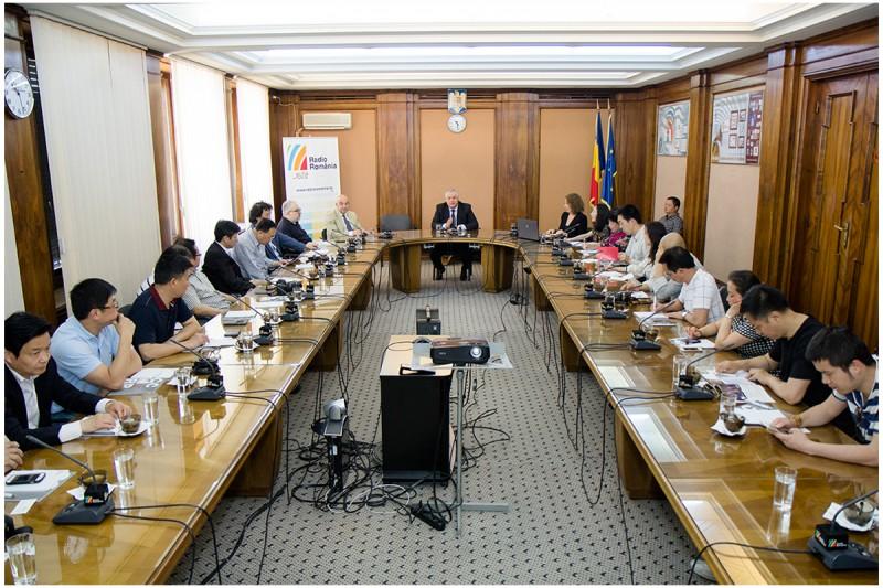 Delegatie-din-China-la-Radio-Romania1-Foto-Alexandru-Dolea-800x533