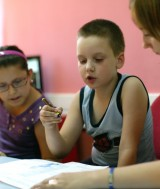 copi_fara_parinti_in_tara_la_afterschoolul_organizat_de_salvati_copii03