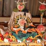 Sculpturi-in-fructe-si-legume-pentru-nunta--2