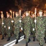 militarii-Brigăzii-15-mecanizate-la-retragerea-cu-torţe