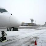 aeroport-iarna-avioane-zapada-pista-degivrare-3