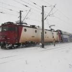 tren-iarna-ninsoare