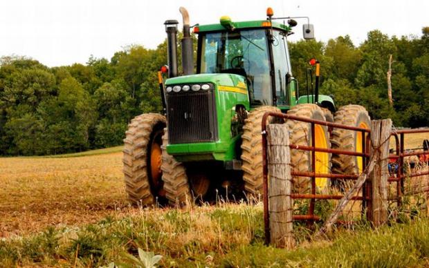 hotarare-de-guvern-fermierii-vor-plati-o-acciza-de-21-de-euro-tona-de-motorina-289134