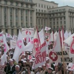 proteste-sanitas_89664600