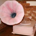 Gramofon roz brand