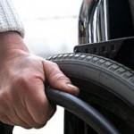ajutor-material-pentru-invalizii-de-gradul-i--de-ziua-mondiala-a-persoanelor-cu-dizabilitati-1354538368