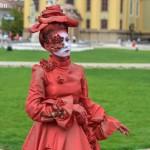 woman-in-red romania de nota 10 timisoara