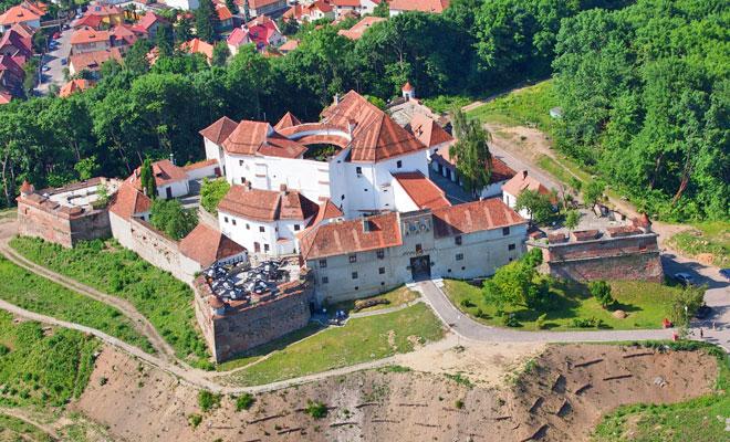 Cetatuia-de-pe-Straja-din-orasul-Brasov