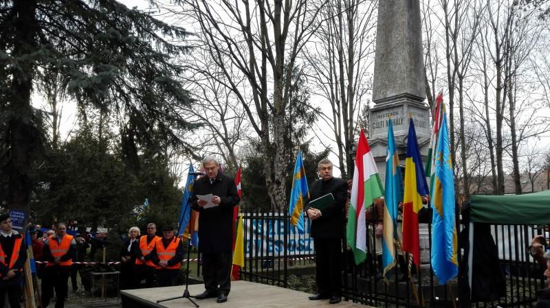 manifestarile-dedicate-zilei-de-10-martie-la-targu-mures