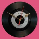 Sursa foto: Vinyl Clocks