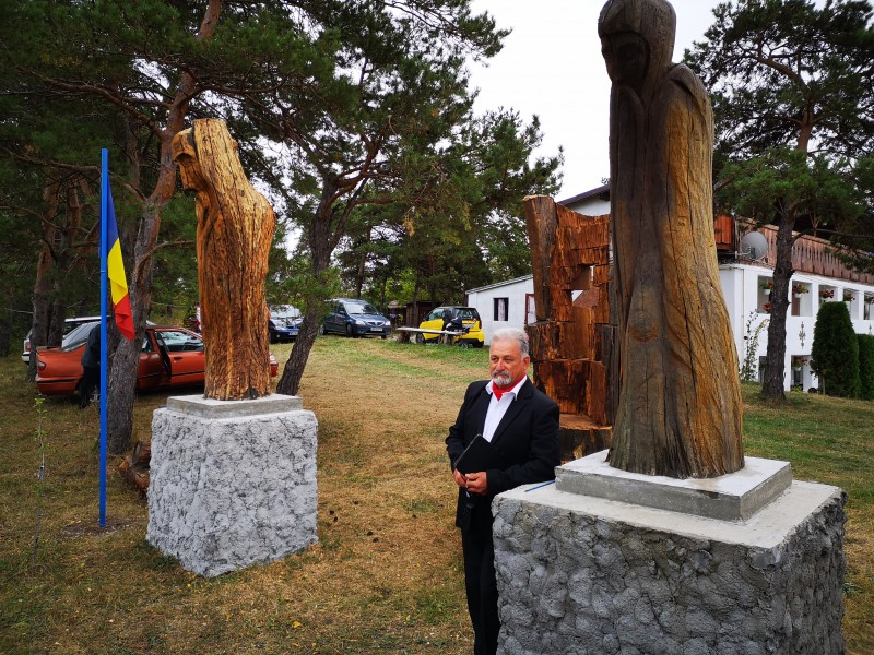 sarmas inaugurare busturi sculptate Ioan Astalus