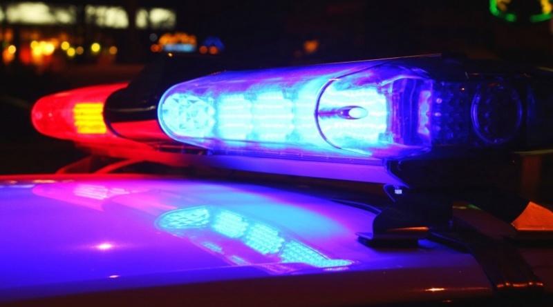 politie girofar noaptea
