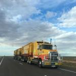 transport, camion sosea