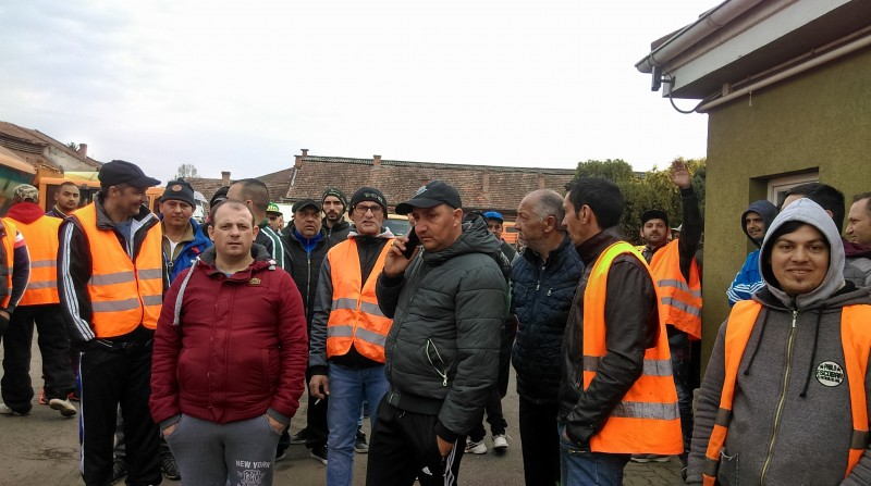 Protest spontan Salubriserv Tg.Mures (Foto: Radio Tg.Mures/ Valeriu Russu