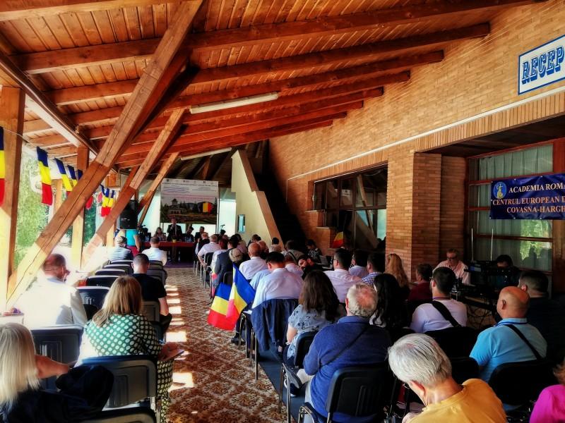Sursa foto: Cosmin Iosub by Universitatea de vară Izvoru Mureșului