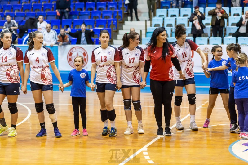 CSM Tg.-Mureș, handbal feminin (Foto: Pixel ProSport, by facebook.com - CSM Tîrgu-Mureș - Handbal)