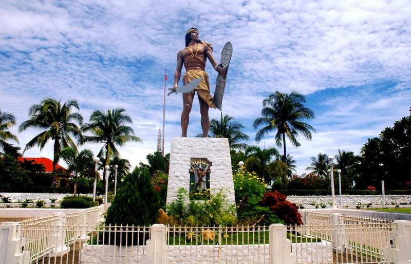 27 aprilie 1521 - Lapu-Lapu, statuie în Mactan - Filipine (Sursa foto: travelonline.com)