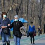 Parc oameni masca agerpres_13605947-768x512.jpeg
